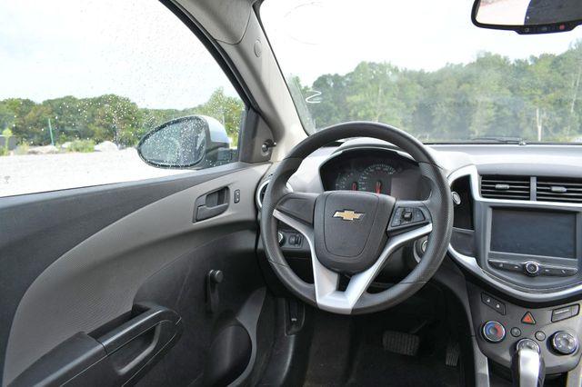 2017 Chevrolet Sonic LS Naugatuck, Connecticut 12