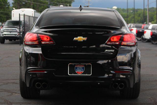 2017 Chevrolet SS Sedan RWD - NAVIGATION - SUNROOF - 6.2L V8 ENGINE! Mooresville , NC 20
