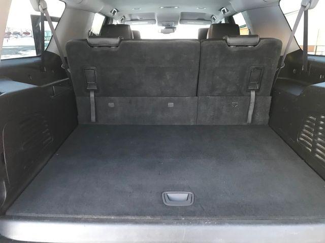 2017 Chevrolet Suburban LT Farmington, MN 7