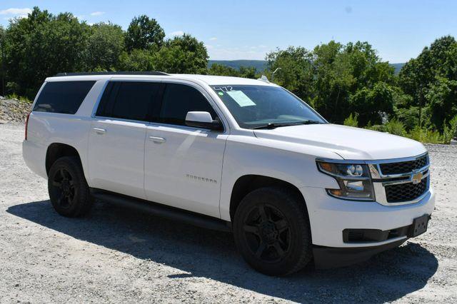 2017 Chevrolet Suburban 4WD Naugatuck, Connecticut 8