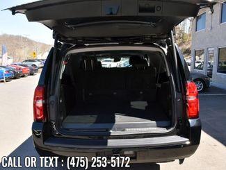 2017 Chevrolet Suburban LT Waterbury, Connecticut 14