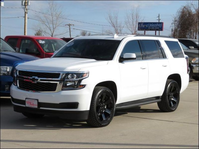 2017 Chevrolet Tahoe Lt 4wd Nav Leather Dvd Sunroof