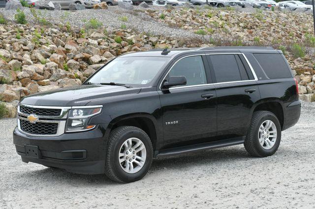 2017 Chevrolet Tahoe LT 4WD Naugatuck, Connecticut 2