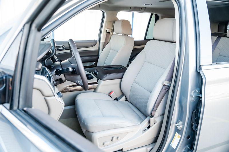 2017 Chevrolet Tahoe 5.3L V8 LS PKG 3RD ROW SEATS BACKUP CAMERA NICE in Rowlett, Texas