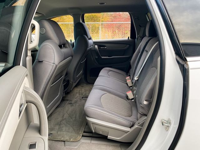2017 Chevrolet Traverse LT Madison, NC 18