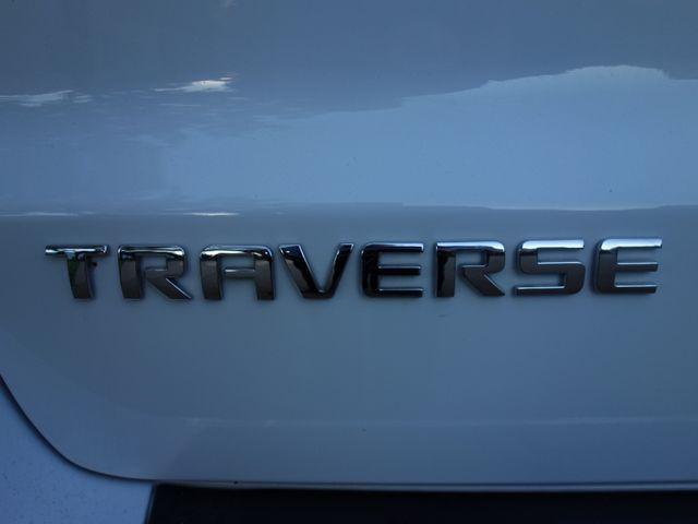 2017 Chevrolet Traverse LT in Marion AR, 72364