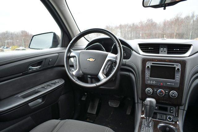 2017 Chevrolet Traverse LT Naugatuck, Connecticut 17
