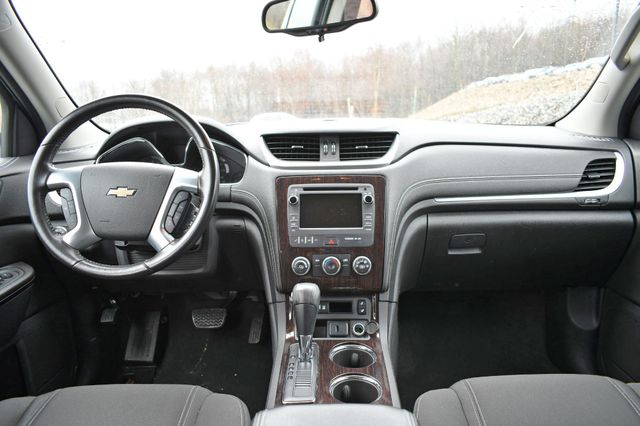 2017 Chevrolet Traverse LT Naugatuck, Connecticut 18