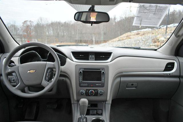 2017 Chevrolet Traverse LS Naugatuck, Connecticut 16