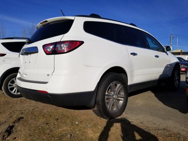 2017 Chevrolet Traverse LT Newport, VT 1