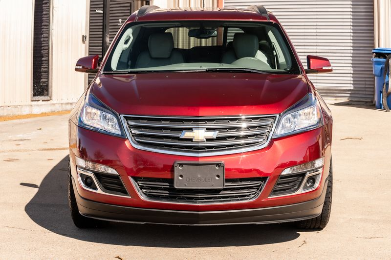 2017 Chevrolet Traverse 2LT LEATHER CLEAN CARFAX BLUETOOTH BACKUP CAM NICE in Rowlett, Texas