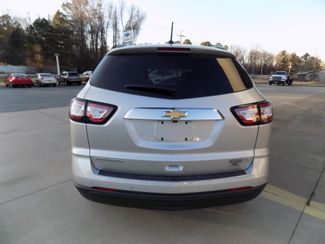 2017 Chevrolet Traverse LT Sheridan, Arkansas 2