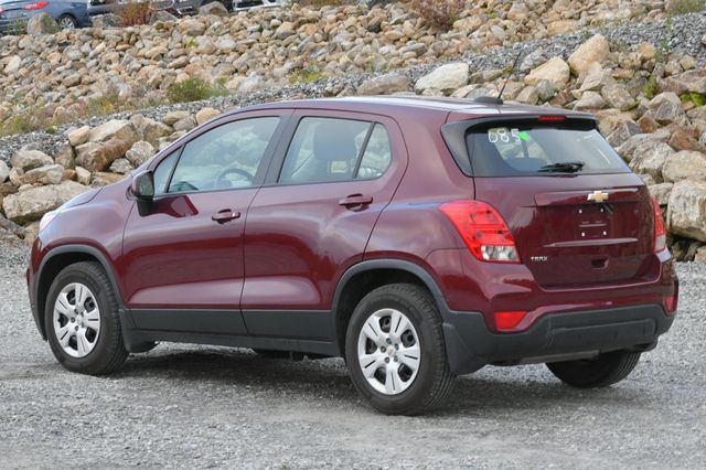 2017 Chevrolet Trax LS Naugatuck, Connecticut 2