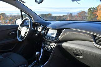 2017 Chevrolet Trax LT Naugatuck, Connecticut 8