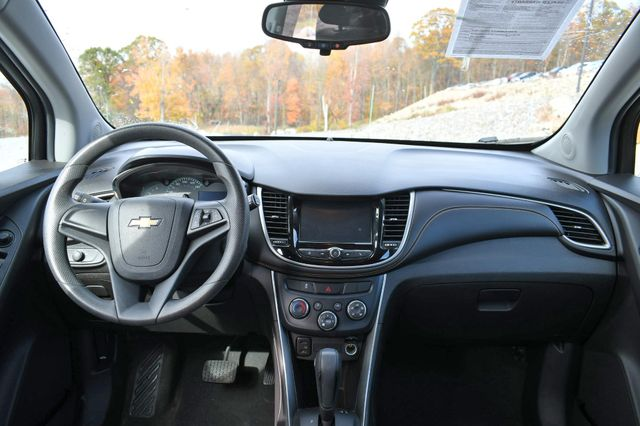 2017 Chevrolet Trax LS Naugatuck, Connecticut 16