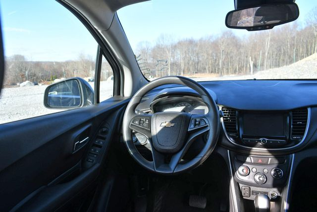 2017 Chevrolet Trax LT Naugatuck, Connecticut 16