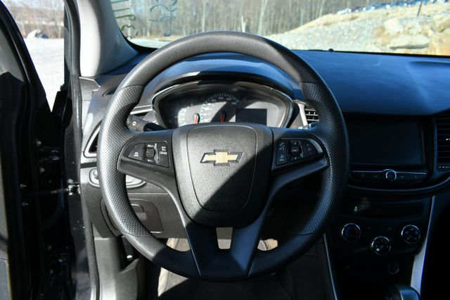 2017 Chevrolet Trax LT Naugatuck, Connecticut 21