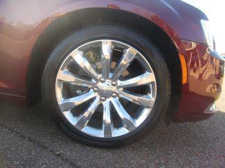 2017 Chrysler 300 300C Batesville, Mississippi 16
