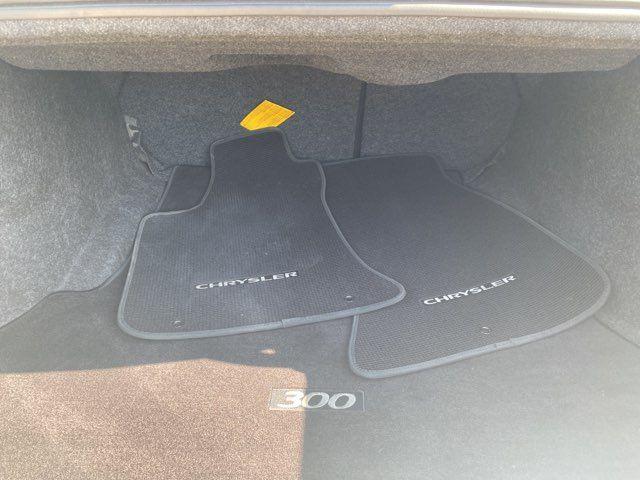 2017 Chrysler 300C LOADED in Carrollton, TX 75006