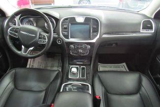 2017 Chrysler 300 300C W/ NAVIGATION SYSTEM/ BACK UP CAM Chicago, Illinois 11