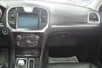 2017 Chrysler 300 300C W/ NAVIGATION SYSTEM/ BACK UP CAM Chicago, Illinois 13