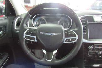 2017 Chrysler 300 300C W/ NAVIGATION SYSTEM/ BACK UP CAM Chicago, Illinois 15