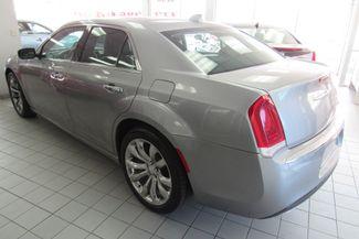 2017 Chrysler 300 300C W/ NAVIGATION SYSTEM/ BACK UP CAM Chicago, Illinois 5