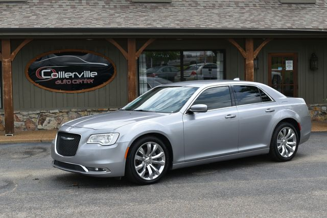 2017 Chrysler 300 Limited in Collierville, TN 38107