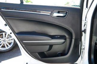 2017 Chrysler 300 300C Hialeah, Florida 33
