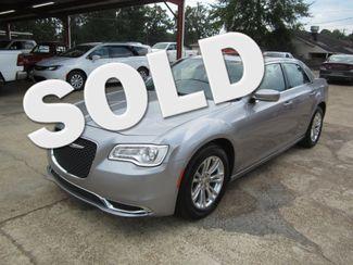 2017 Chrysler 300 Limited Houston, Mississippi