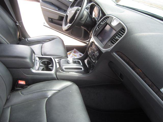 2017 Chrysler 300 300C Houston, Mississippi 9