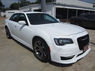 2017 Chrysler 300 300S Houston, Mississippi 1