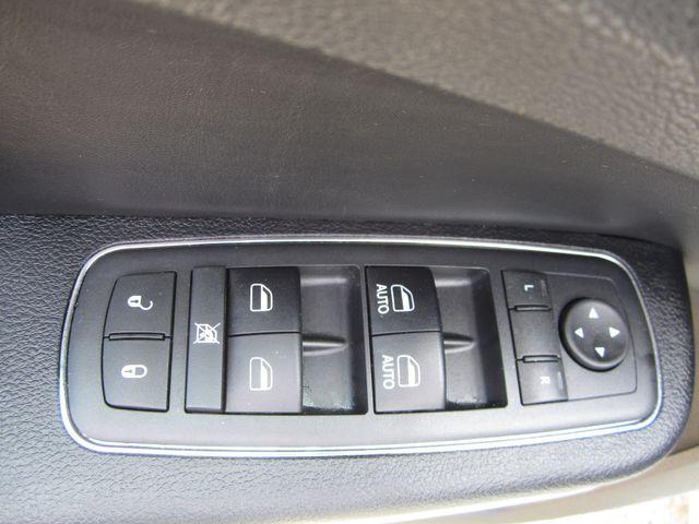2017 Chrysler 300 300S Houston, Mississippi 11