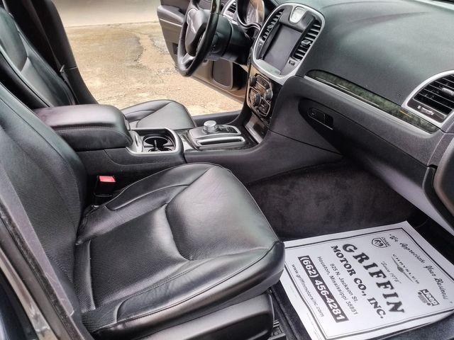 2017 Chrysler 300 300C Houston, Mississippi 8