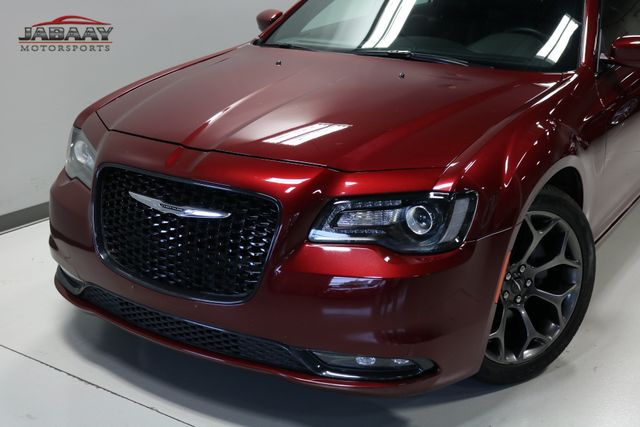 2017 Chrysler 300 S Merrillville, Indiana 30
