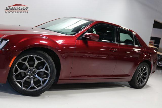 2017 Chrysler 300 300S Merrillville, Indiana 31