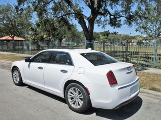 2017 Chrysler 300 Limited Miami, Florida 2