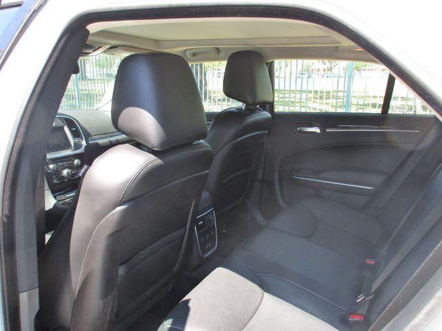 2017 Chrysler 300 300C Miami, Florida 9