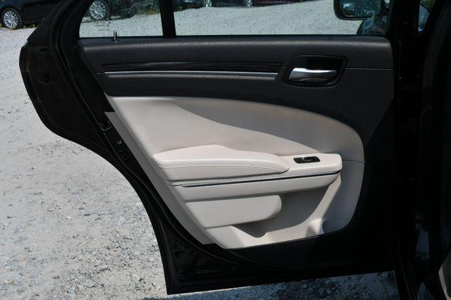 2017 Chrysler 300 Limited Naugatuck, Connecticut 14