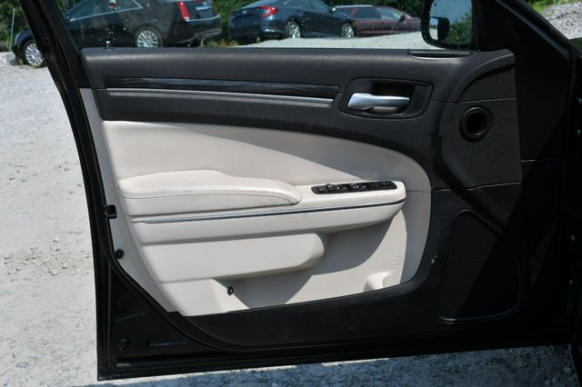 2017 Chrysler 300 Limited Naugatuck, Connecticut 21