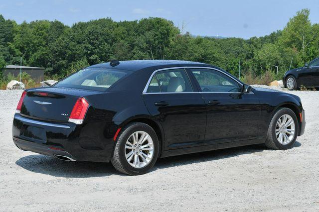 2017 Chrysler 300 Limited Naugatuck, Connecticut 6