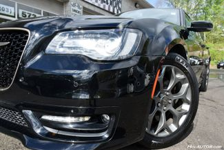 2017 Chrysler 300 300S Alloy Edition Waterbury, Connecticut 12