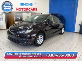 2017 Chrysler Pacifica Touring in Akron, OH 44320