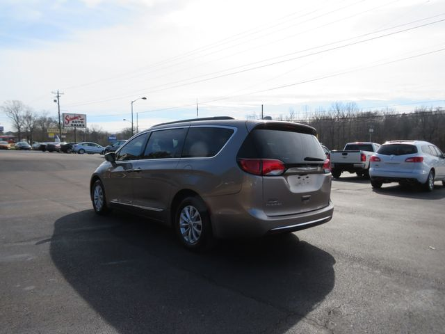 2017 Chrysler Pacifica Touring-L Batesville, Mississippi 6