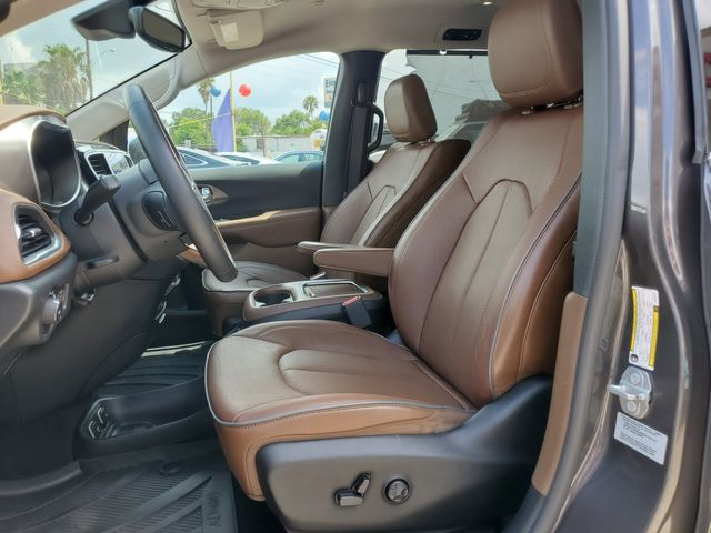 2017 Chrysler Pacifica Limited in Brownsville, TX 78521