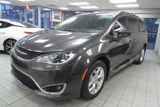 2017 Chrysler Pacifica Touring-L W/ NAVIGATION SYSTEM / BACK UP CAM Chicago, Illinois 2
