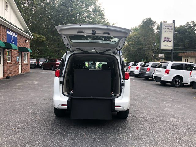 2017 Chrysler Pacifica LX Handicap Wheelchair accessible van Dallas, Georgia 2