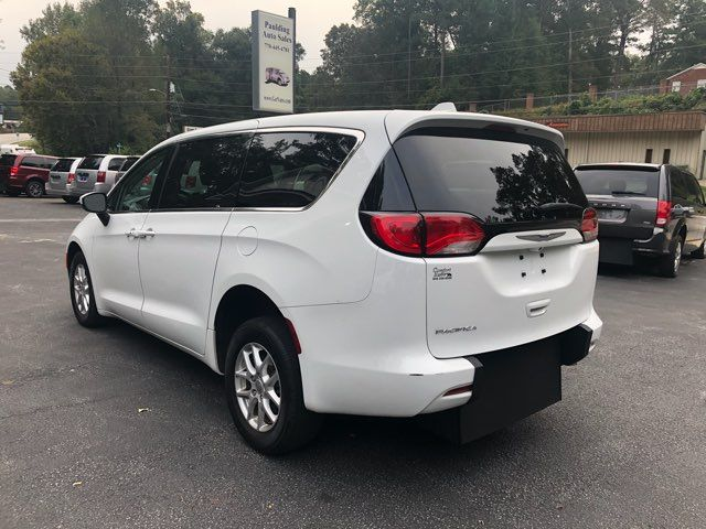2017 Chrysler Pacifica LX Handicap Wheelchair accessible van Dallas, Georgia 5