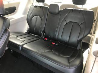 2017 Chrysler Pacifica Touring-L Farmington, MN 6