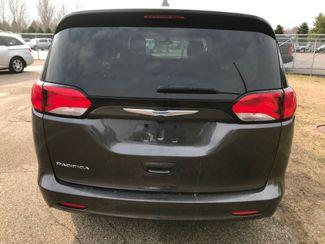 2017 Chrysler Pacifica LX Farmington, MN 2
